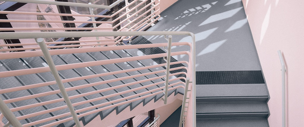 医院楼梯踏步002.jpg